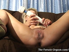 Multiple Squirting Orgasms from Tricky Stage Hitachi Bating