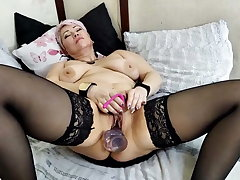 Hot orgasm of mature drab with big tits and nipples!
