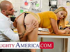 Naughty America - Paisley Porter needs a PI not far from fuck her
