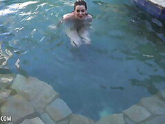 Emma Evins Is Outside Swimming And Soon to border on Masturbate