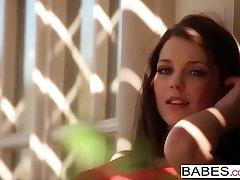 Babes - WHAT I Draft b call Kiera Winters